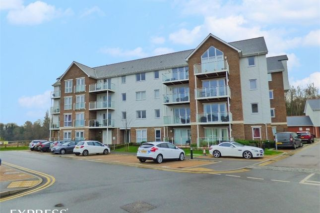 Thumbnail Flat for sale in 1 Willow Close, Snodland, Kent
