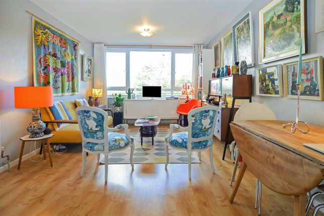 1 bed property for sale in Justin Close, Brentford TW8