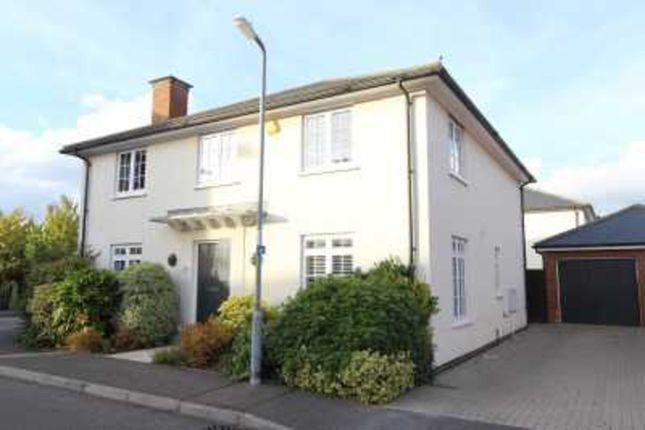 Thumbnail Detached house for sale in Kelso Close, Rayleigh