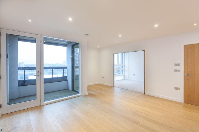 Thumbnail Flat for sale in Holland Park Avenue, London, Holland Park