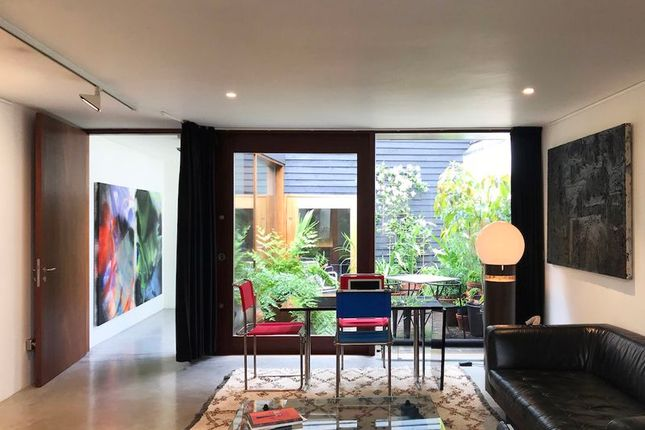 Thumbnail Terraced house for sale in Tanners Hill, London