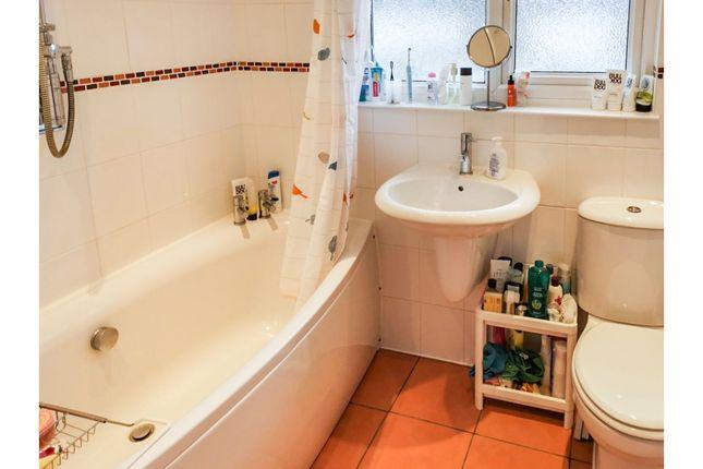 Bathroom of Claudeen Close, Swaythling, Southampton SO18