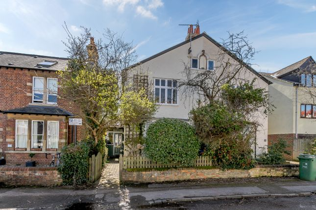 Thumbnail Semi-detached house for sale in Hamilton Road, Oxford
