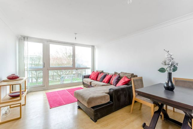 Thumbnail Maisonette to rent in Sylvan Road, Crystal Palace, London