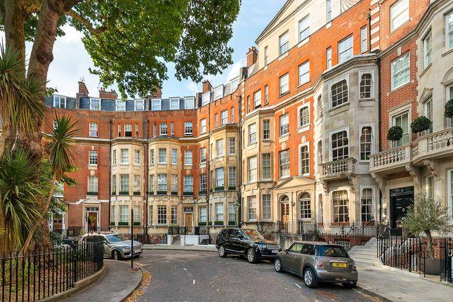 Thumbnail Flat for sale in Egerton Place, Knightsbridge, London