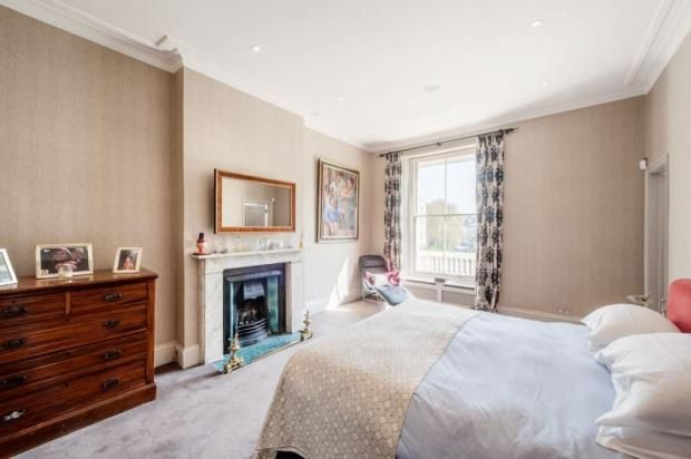 Bedroom of Leinster Gardens, London W2