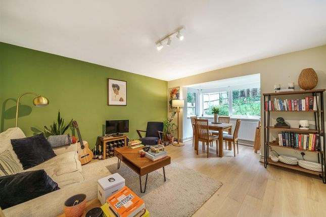 Thumbnail Flat for sale in Knollys Road, Streatham