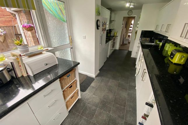 Kitchen of Mountfield Avenue, Sandiacre, Nottingham NG10