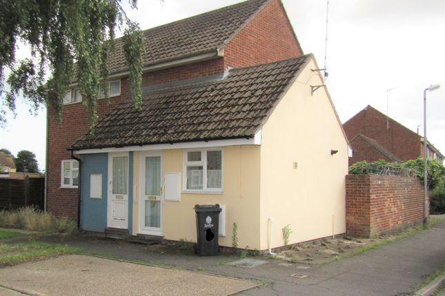 Thumbnail Flat to rent in Redrose Walk, Clacton-On-Sea