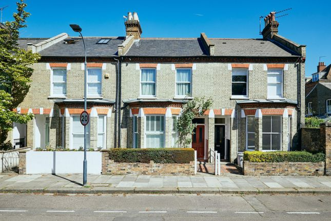 3 bed property for sale in Berestede Road, Hammersmith W6