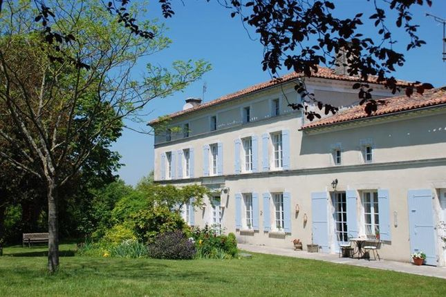 Properties for sale in saint jean d 39 ang ly charente for France logis immobilier
