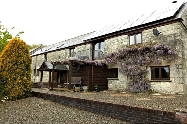 4 bed semi-detached house for sale in Barton Lane, Central Treviscoe, St. Austell PL26