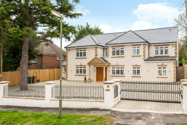 Picture No. 13 of Downs Way, Tadworth, Surrey KT20