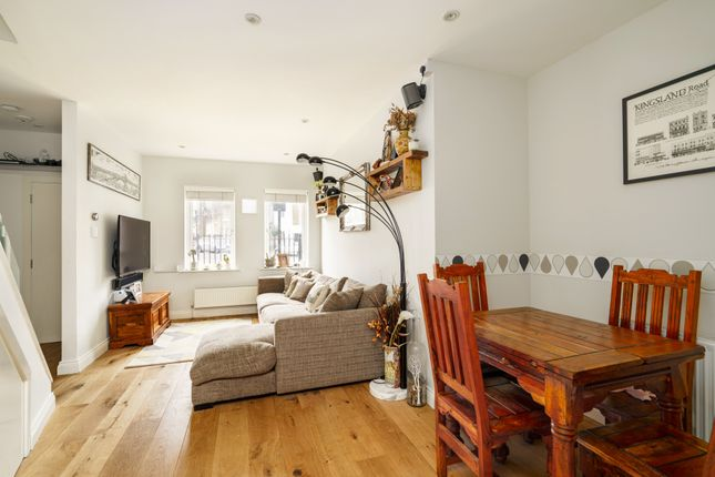 Thumbnail Terraced house for sale in Stamford Road, London