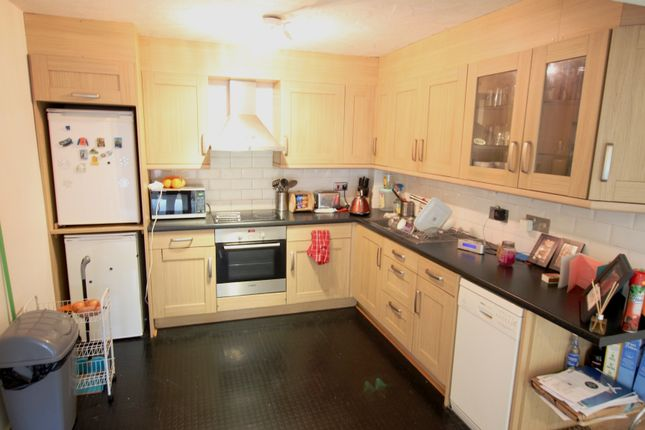 Rooms To Rent In Enfield Green