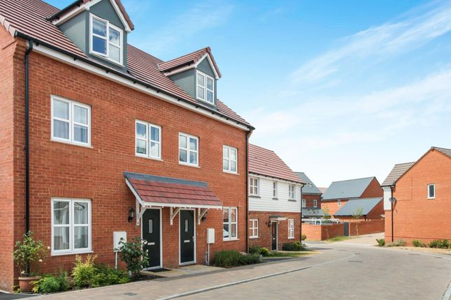 Thumbnail 3 bed property to rent in Goldthorpe Avenue, Amesbury, Salisbury