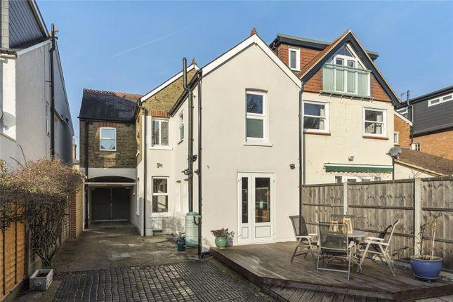 Elmgrove Road Weybridge Surrey Kt13 3 Bedroom Detached House For Sale 42448621 Primelocation