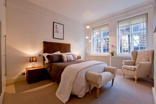 Thumbnail Flat to rent in Stafford Terrace, Kensington, London