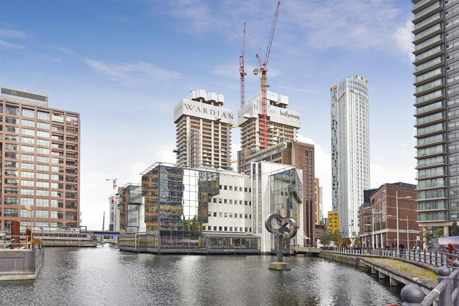 Thumbnail Property for sale in The Wardian, Mash Wall, Canary Wharf