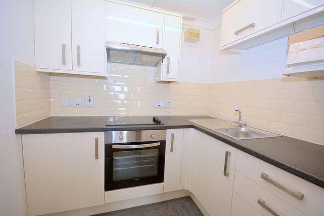 Kitchen of Stratheden Court, Torquay TQ1