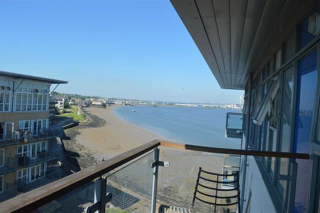 Thumbnail Flat for sale in Bessborough House, Carmichael Avenue, Greenhithe