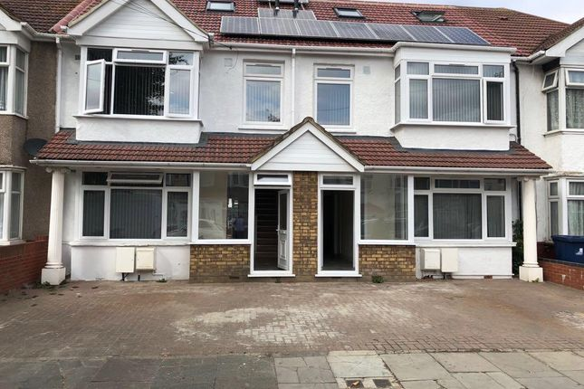Thumbnail Terraced house to rent in Greenland Crescent, Southall