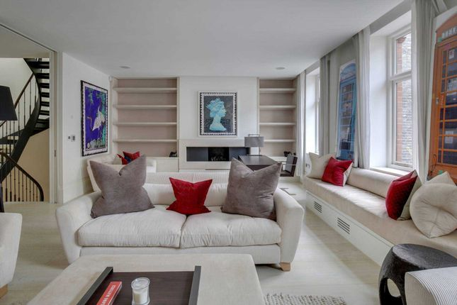 Thumbnail Mews house for sale in Adams Row, London