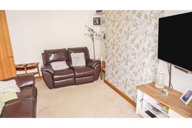 Lounge of Elizabeth Road, Sutton Coldfield B73