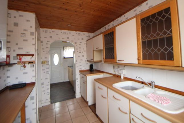 Kitchen of Cullen Crescent, Kirkcaldy KY2