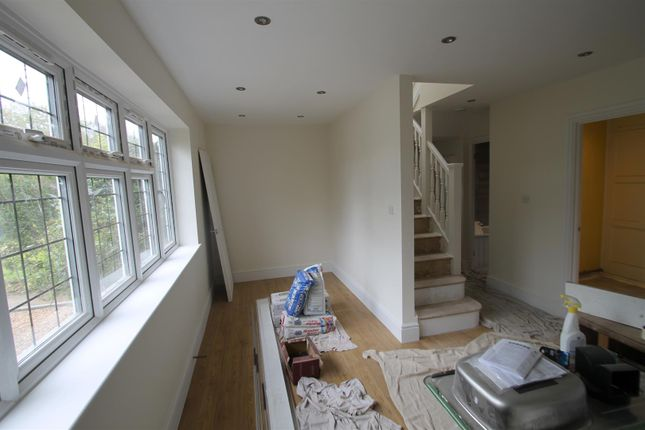 Thumbnail Semi-detached bungalow to rent in Hayling Road, South Oxhey, Watford