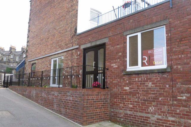 2 bed flat to rent in Cheltenham Mount, Harrogate HG1