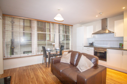 1 bed flat to rent in Coleman Street, London EC2R