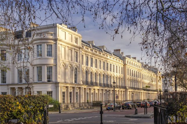 Thumbnail Terraced house for sale in Park Square East, London