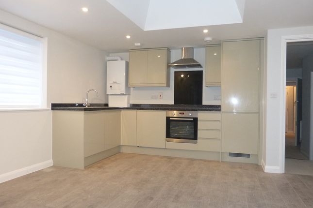 Thumbnail Flat to rent in Kings Head Alley, Leatherhead