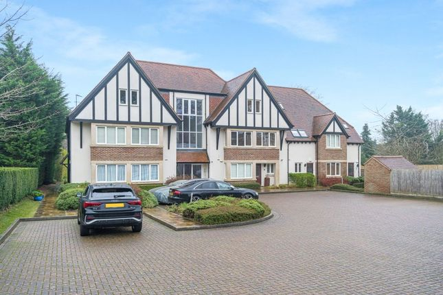 3 bed flat for sale in Lincombe Lodge, Fox Lane, Boars Hill OX1