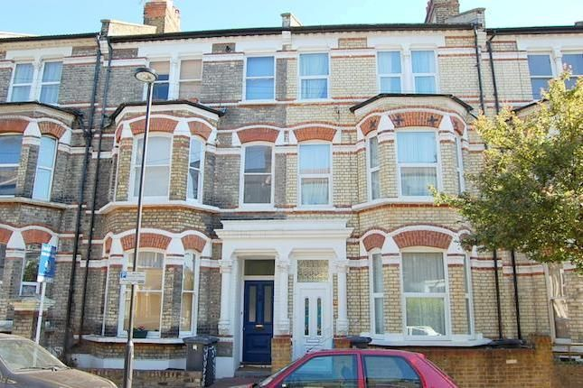 Thumbnail Duplex to rent in Sandmere Road, Clapham North