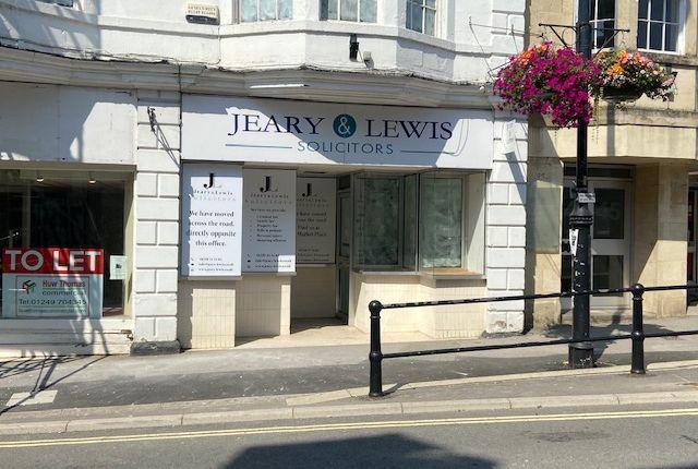 Thumbnail Retail premises to let in Market Place, Chippenham