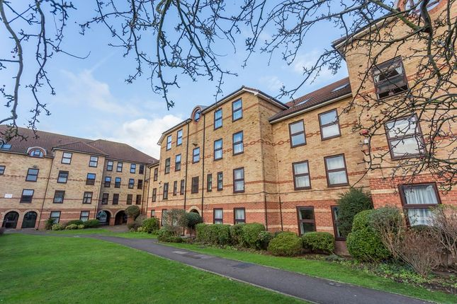 Flat in  Forest Road  London  South West London
