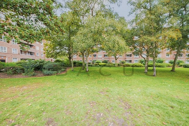 Thumbnail Flat for sale in Besant House, Boundary Road, London