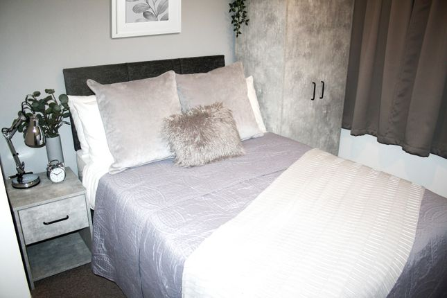 5 bed shared accommodation to rent in Earlsmere Avenue, Doncaster, Balby DN4