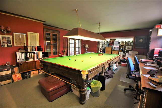 Games Room of Lake View, Canons Park, Edgware HA8