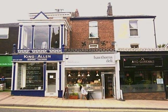 Thumbnail Flat to rent in Bank Square, Wilmslow