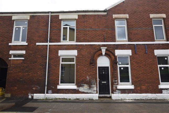 Thumbnail Flat to rent in Lennox Street, Ashton-Under-Lyne