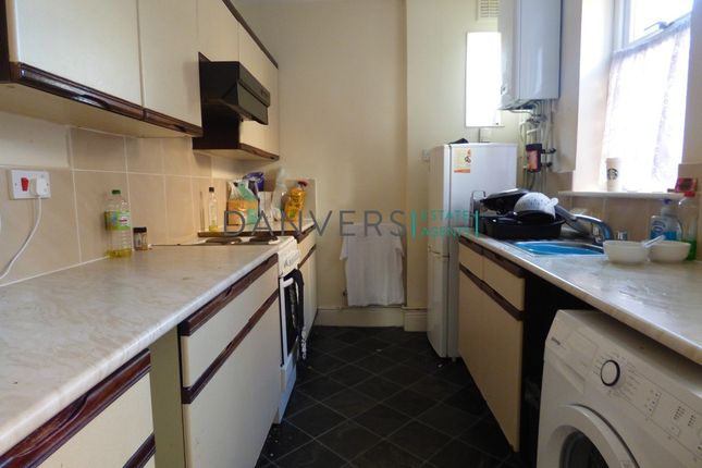 3 bed terraced house to rent in Roman Street, Leicester