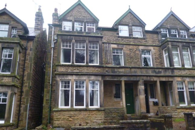 Thumbnail Flat to rent in 36, Harlow Moor Drive, Harrogate