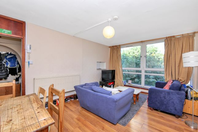 Thumbnail Flat to rent in Rolls Road, London