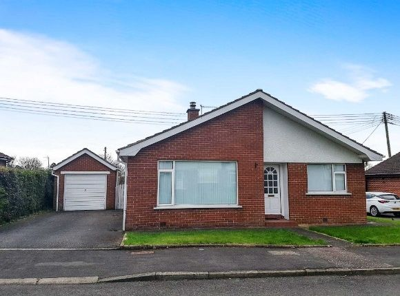 Thumbnail Detached bungalow to rent in Derryvolgie Park, Lambeg, Lisburn