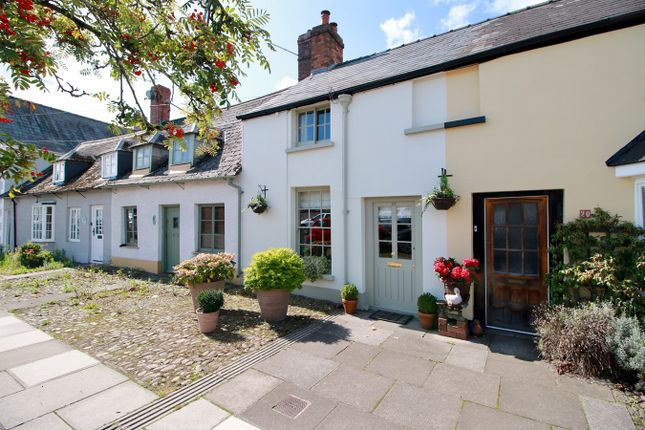 Thumbnail Terraced house for sale in Maryport Street, Usk