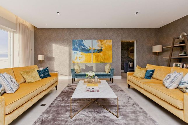 Thumbnail Flat for sale in 11/2 Castle Gogar Rigg, Edinburgh, City Of