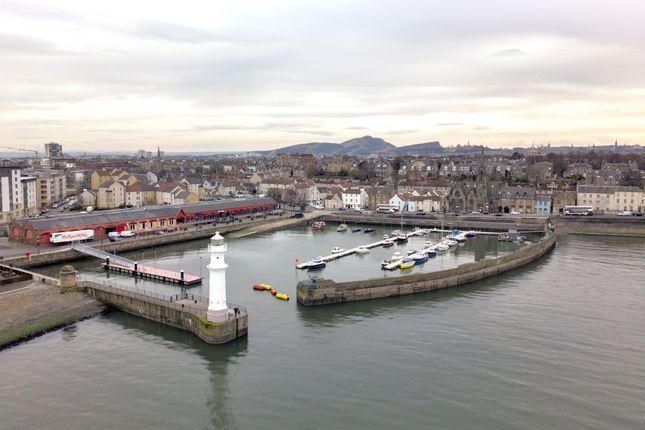 Great Michael Close, Edinburgh EH6